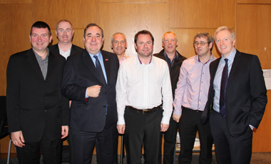 FM Alex Salmond MSP and Grahame Smith, STUC General Secretary, with the CWU Learning Reps, Recipients of the STUC Helen Dowie Award for Lifelong Learning